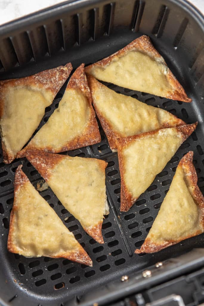 crab rangoon in air fryer basket