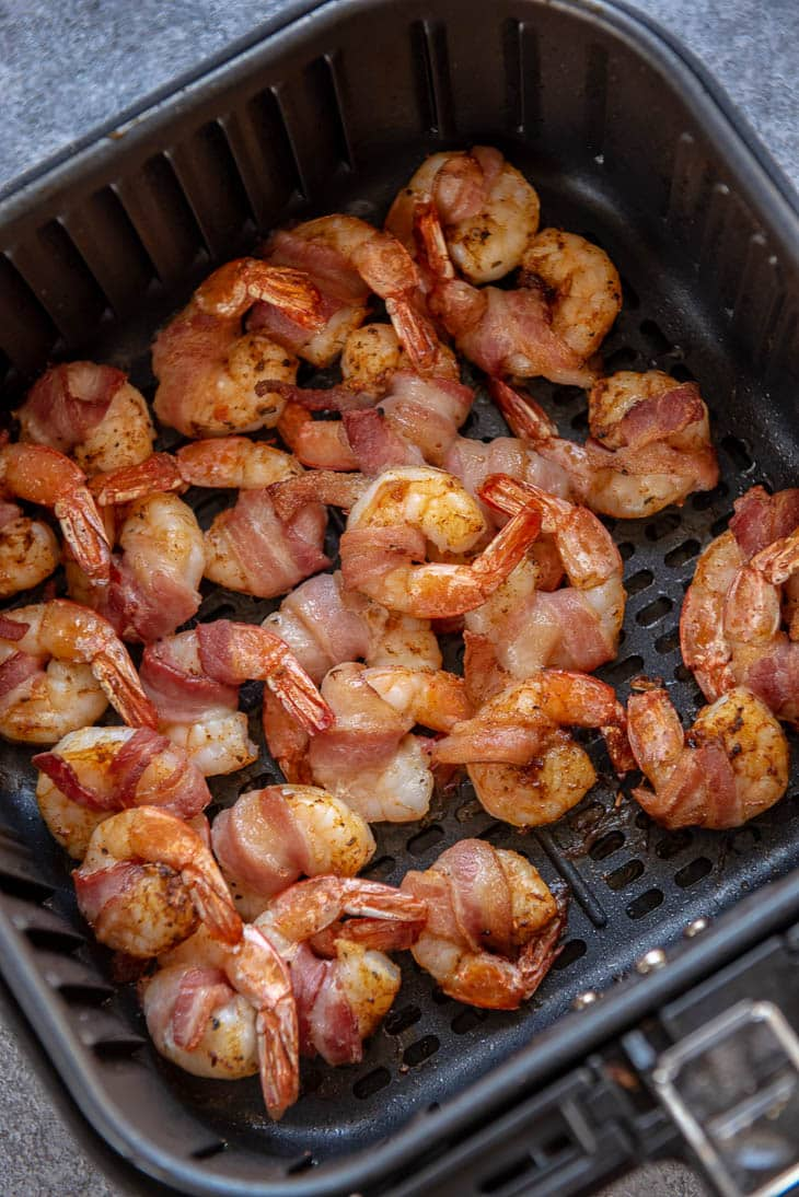 bacon wrapped shrimp in air fryer basket