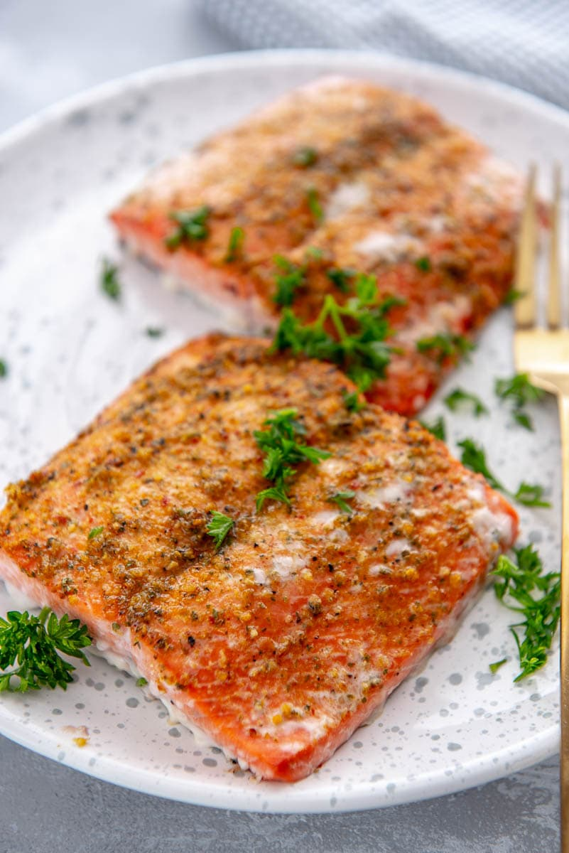 How To Grill Salmon Garnished Plate