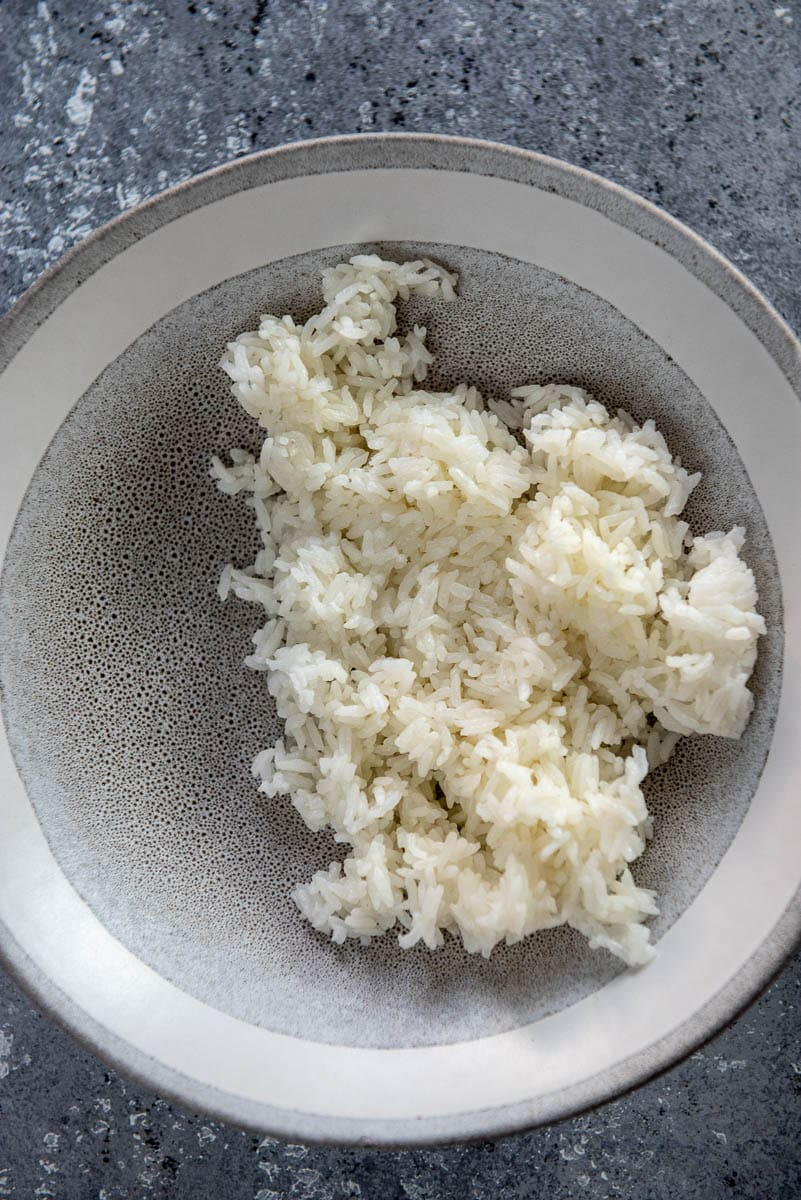 white rice in gray bowl