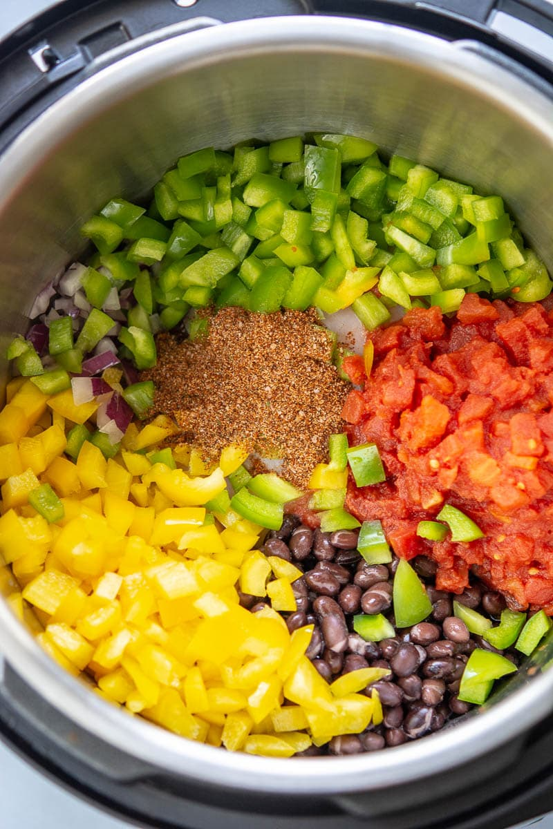 ingredients for chicken fajita soup in an instant pot