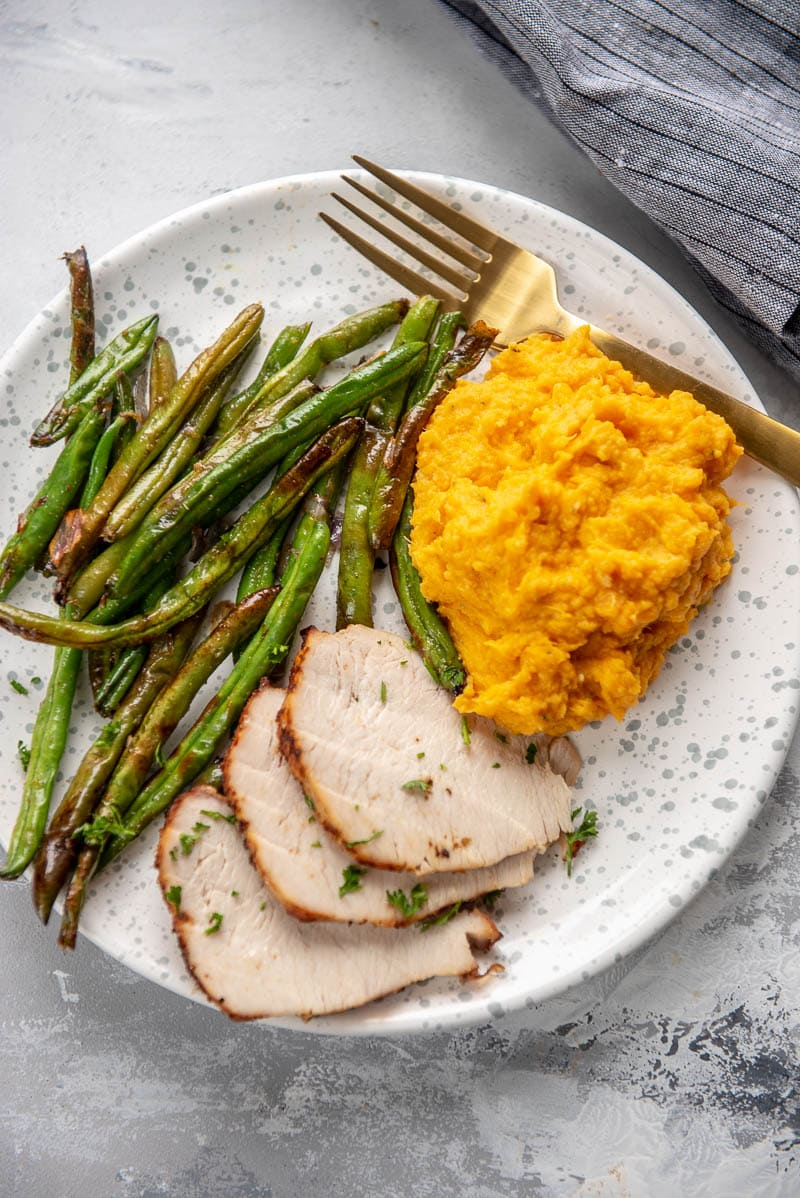 mashed sweet potatoes with turkey and asparagus