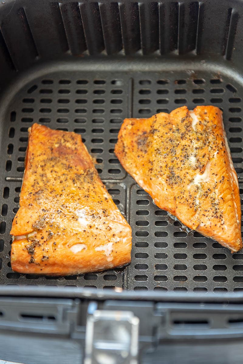 cooked salmon filets in an air fryer