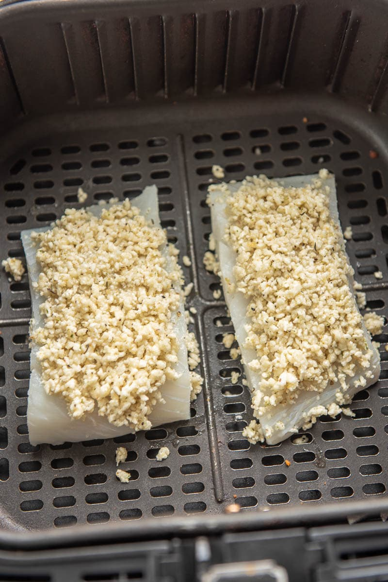 halibut fillets and bread crumbs in an air fryer